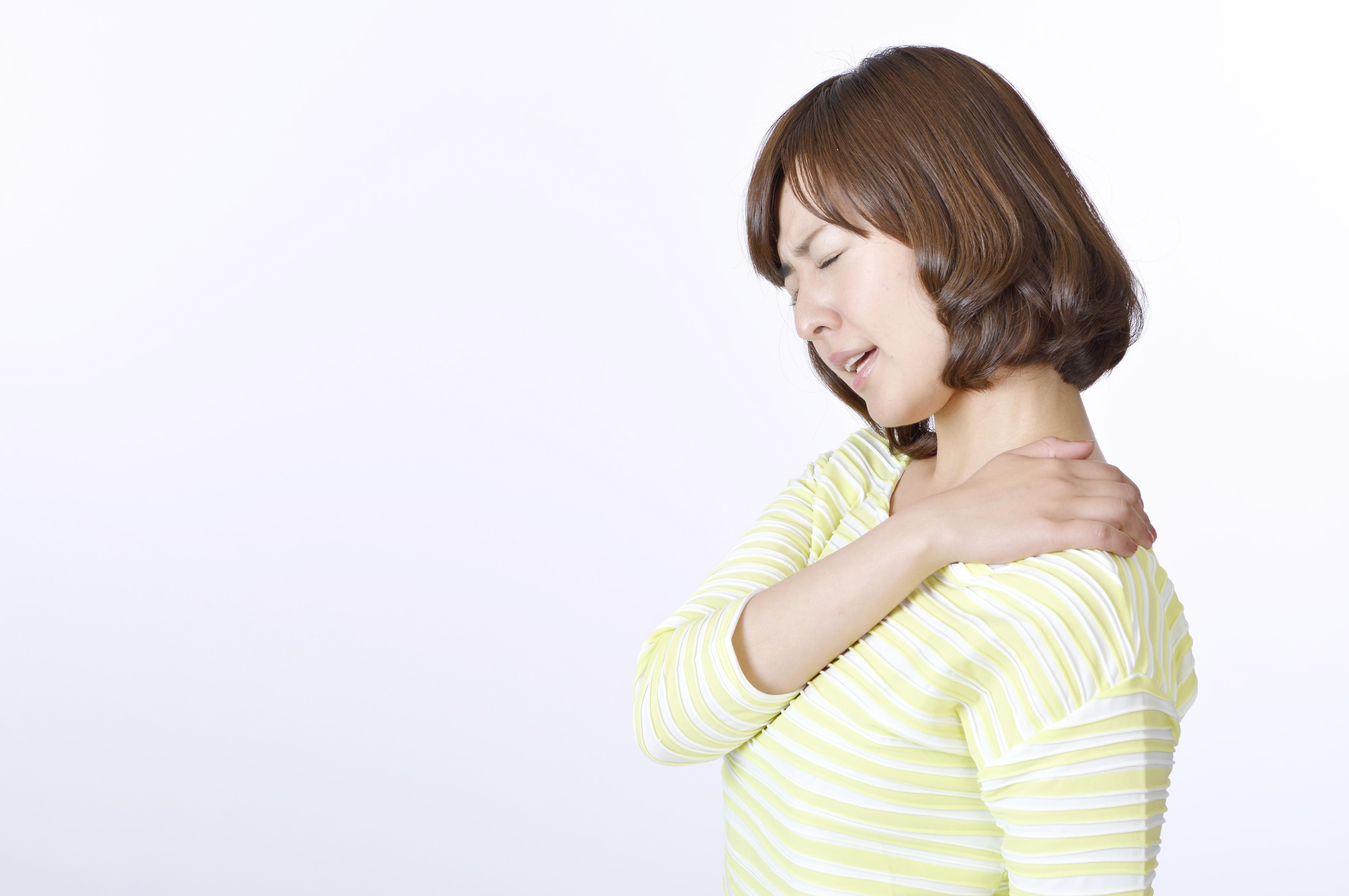 ピアノの練習で肩こり、首、背中が痛い!解消法3選 ~ピアノ弾きのからだのケア~